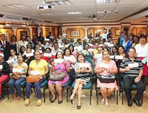 Asociados de COOPEDUC reciben Milagro Navideño 2019